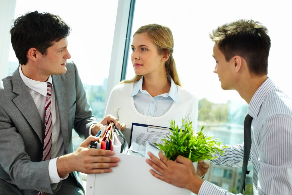 ¿Cómo manejar la situación cuando se va un empleado especial en la compañía?
