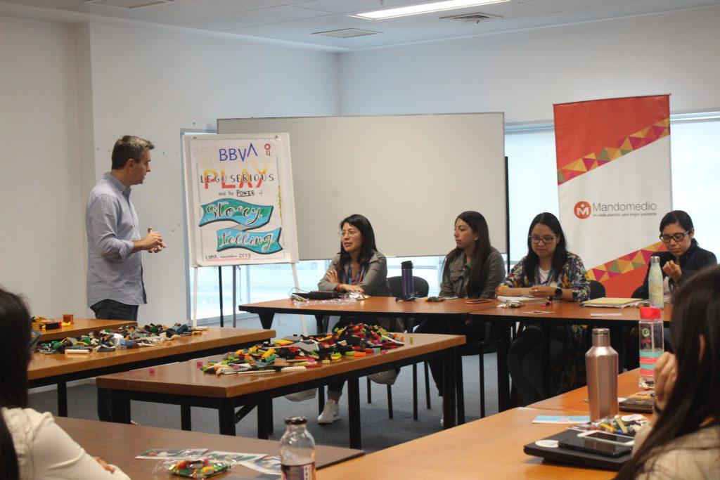 Taller Storytelling para Colaboradores del BBVA | Mandomedio Perú