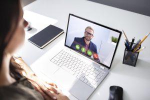 Entrevistas laborales efectivas a través de canales digitales | Mandomedio Perú