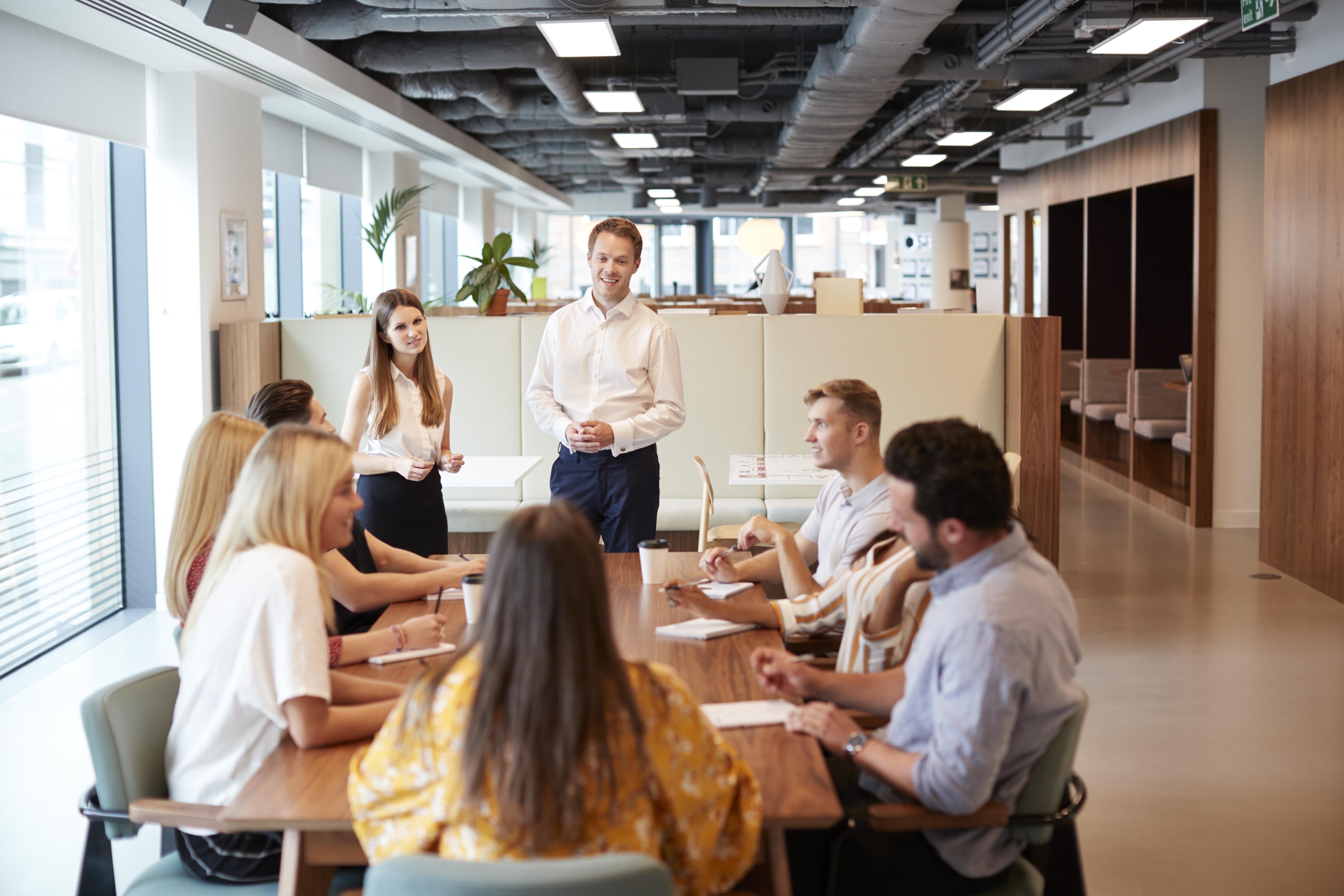 Blog: ¿Para qué sirve una encuesta de clima laboral?   Mandomedio.com