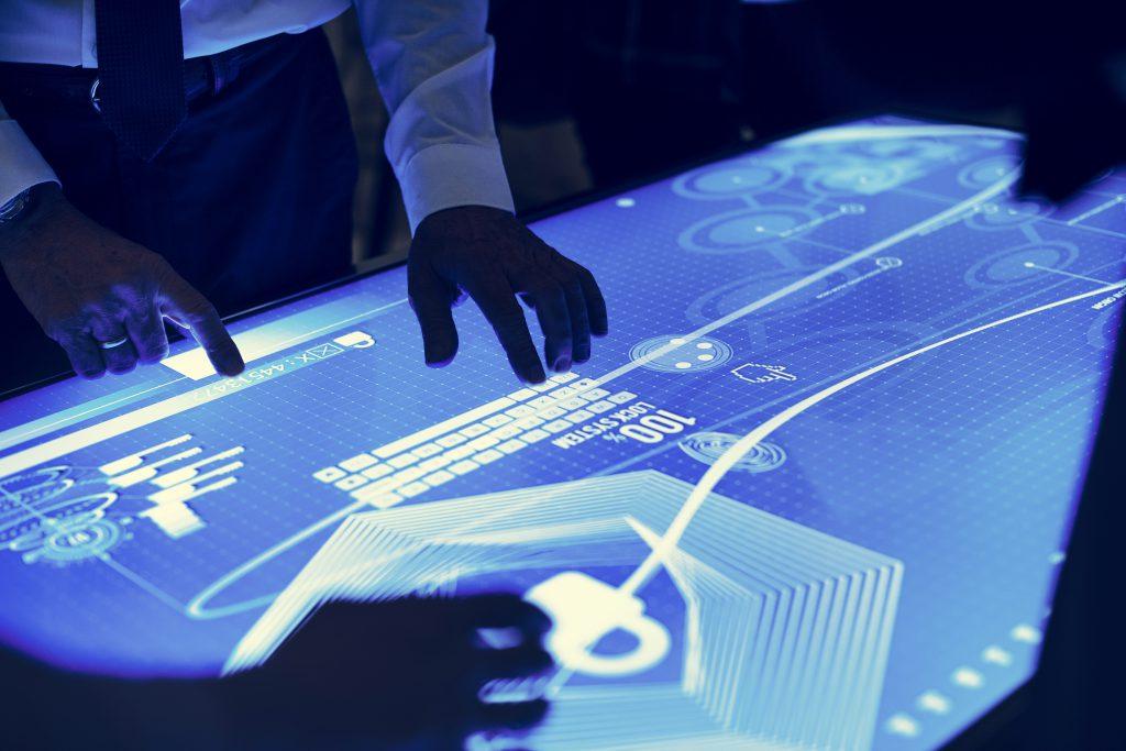 ¿Inteligencia artificial aumenta la cesantía? | Mandomedio.com