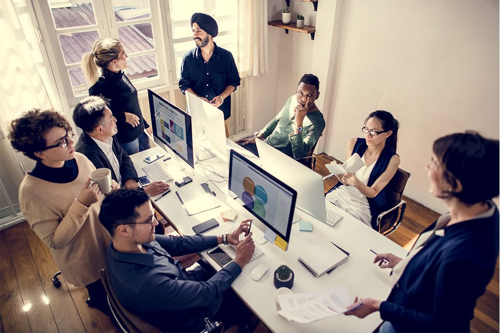 Redes de contacto, tu mejor aliado para buscar empleo | Mandomedio.com