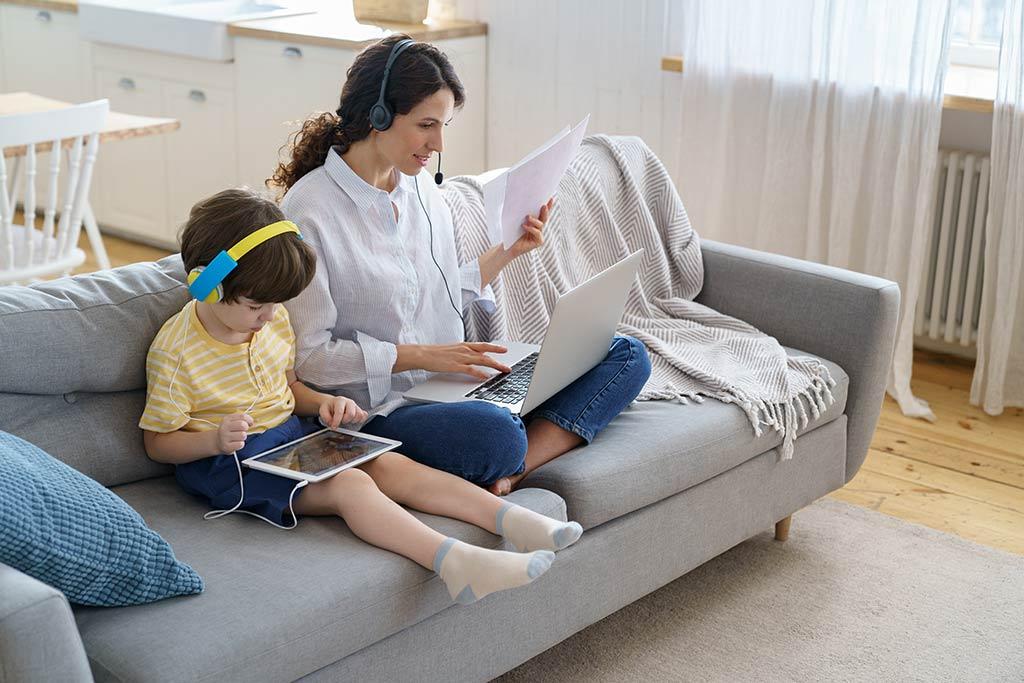 Mujeres y teletrabajo: ¿cómo aplicar contención emocional en el home office?